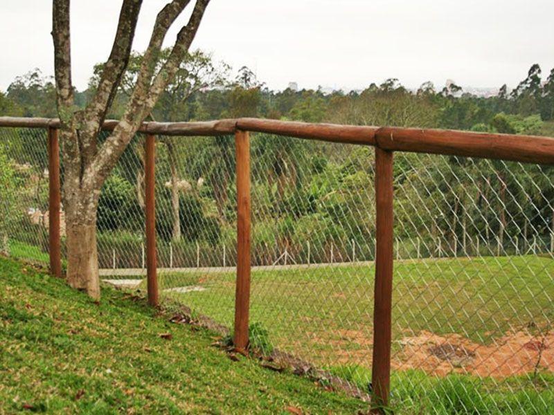 Estacas de eucalipto tratado pre o for Cerca b b